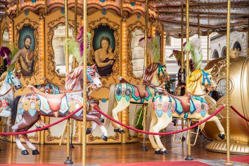 Färgrik italiensk karusell arkivfoto