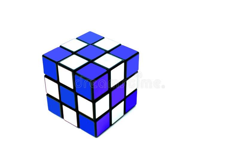 färgrik kub arkivfoton