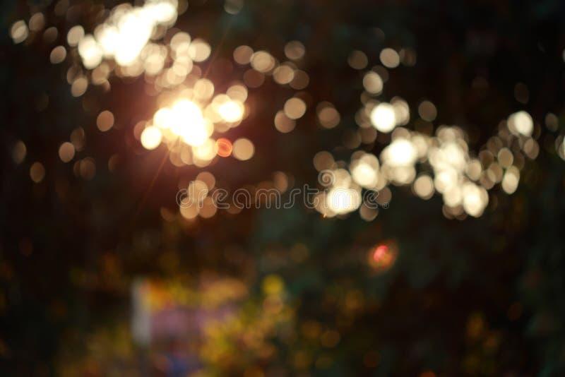 Färgrik magisk ljus festlig bakgrund, abstrakt bokehdefocu