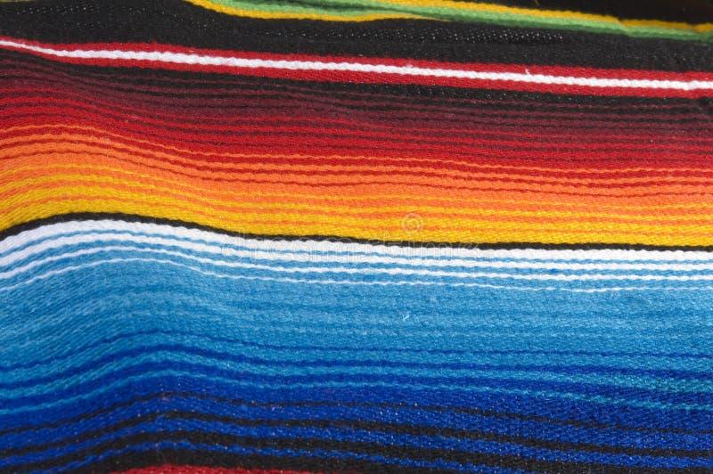 färgrik mexikansk poncho royaltyfri fotografi