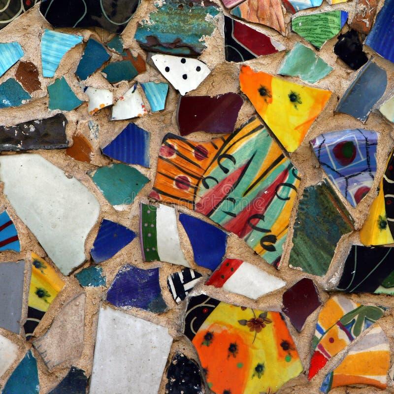 färgrik mosaikmodellvägg royaltyfria bilder
