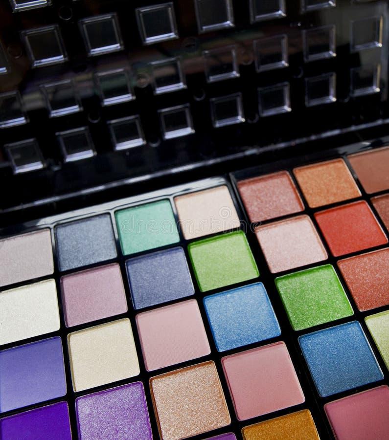 Färgrik palett för ögonskuggor royaltyfri bild