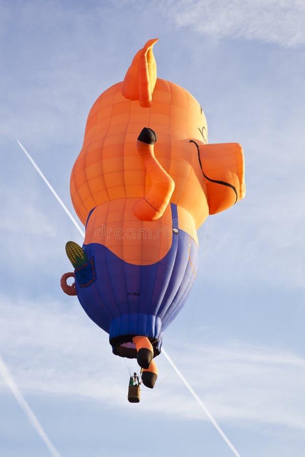 Download Färgrik Pigballong Som Tar Av Redaktionell Fotografering för Bildbyråer - Bild av resa, brigham: 27280614