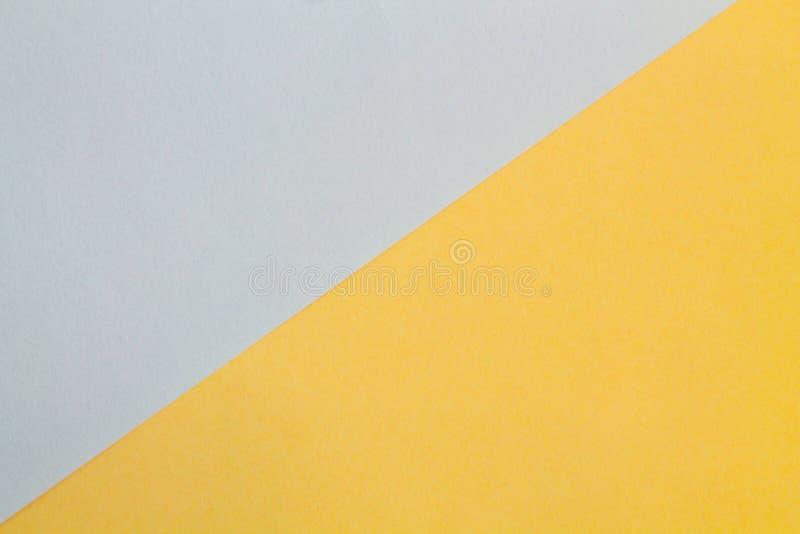 Färgrik rök för rampappersgrå färger och merigoldabstrakt begreppbakgrund royaltyfri foto