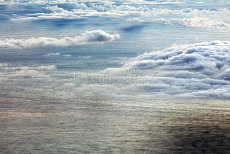Färgrik soluppgång över Atlanticet Ocean som ses från Pico Volcano royaltyfri foto