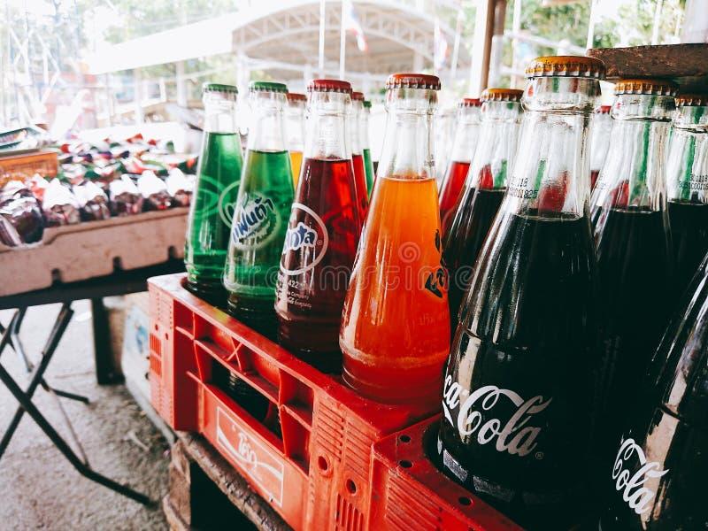 Färgrik TH Thailand för drinkbkkstreetfood royaltyfri fotografi