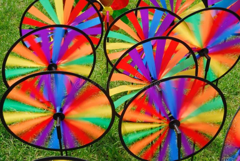 färgrik trädgård windmill för många toys royaltyfri fotografi