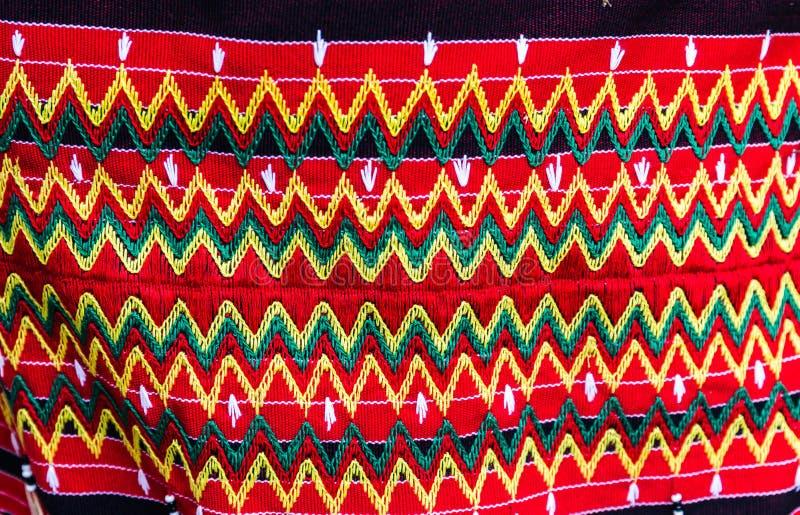 Färgrik traditionell indonesisk torkduk som hand-göras av naturlig bomull arkivbilder