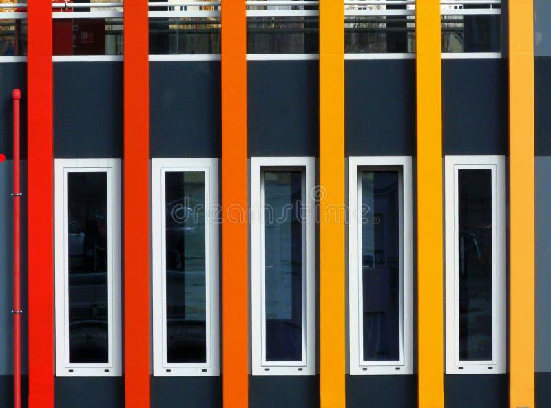Färgrik yttre fasaddetalj av ett händelsefartyg royaltyfria foton