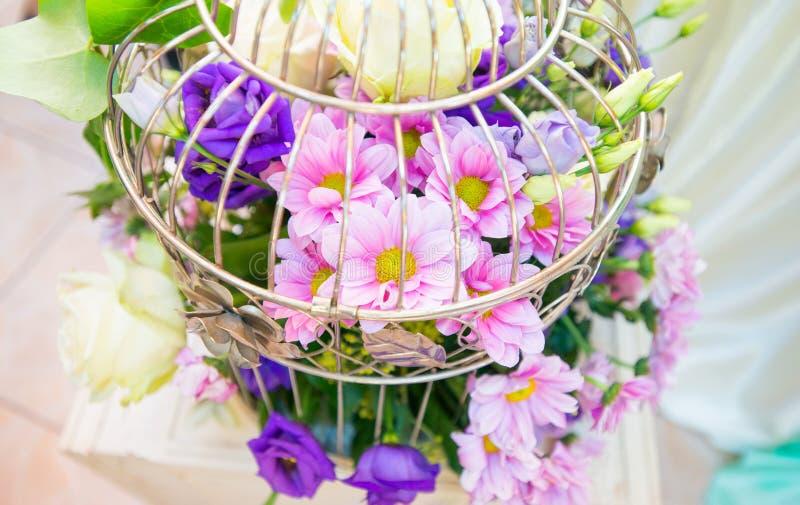 färgrika blommor för bukett fotografering för bildbyråer