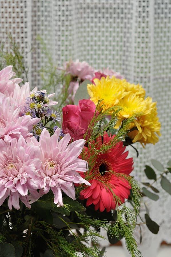 Download Färgrika Blommor För Bukett Fotografering för Bildbyråer - Bild av garnering, färgrikt: 78727129