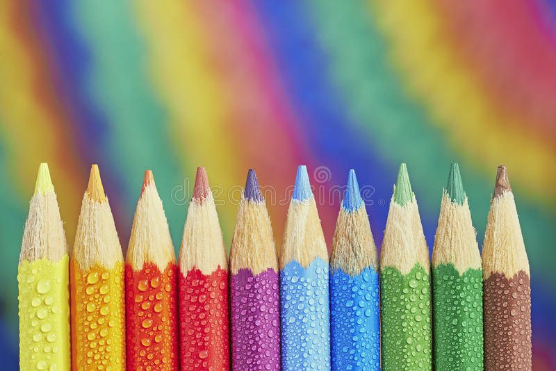 färgrika crayons arkivbild