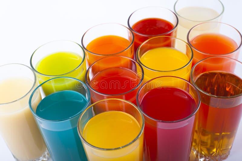 färgrika drinkar royaltyfria bilder