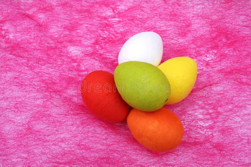 färgrika easter ägg arkivfoto