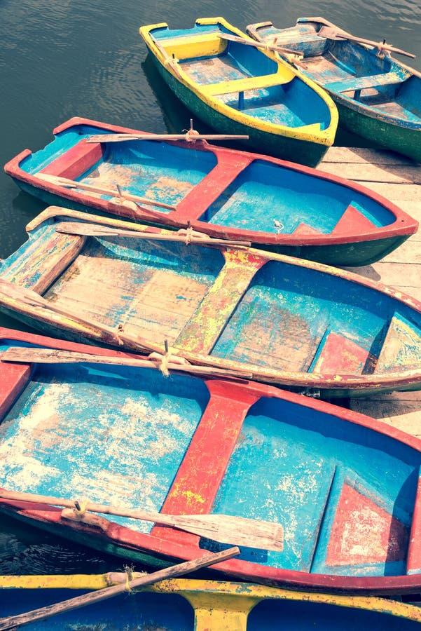 Färgrika fartyg i Kuba royaltyfri foto