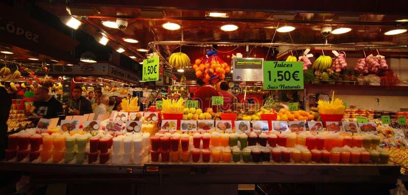färgrika fruktsaftar royaltyfri fotografi