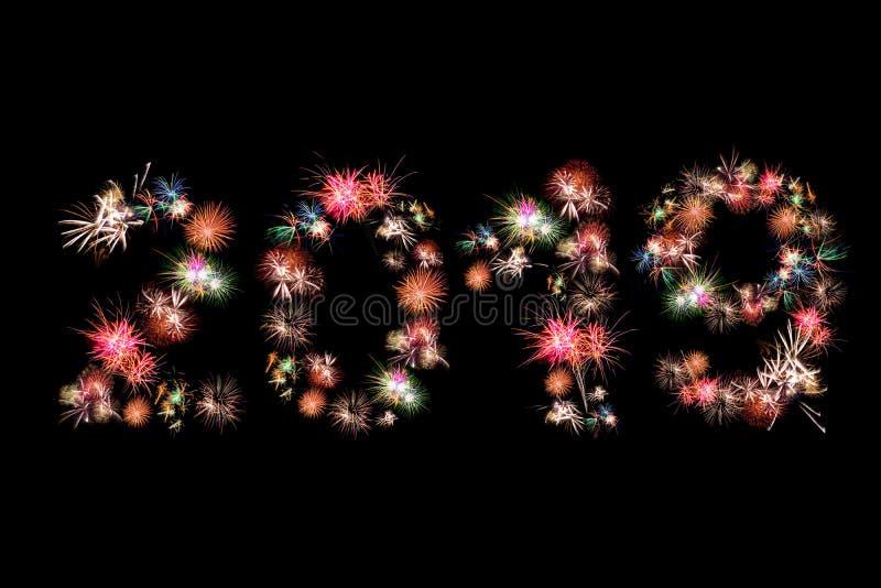 Färgrika fyrverkerier för lyckligt nytt år 2019 royaltyfri foto