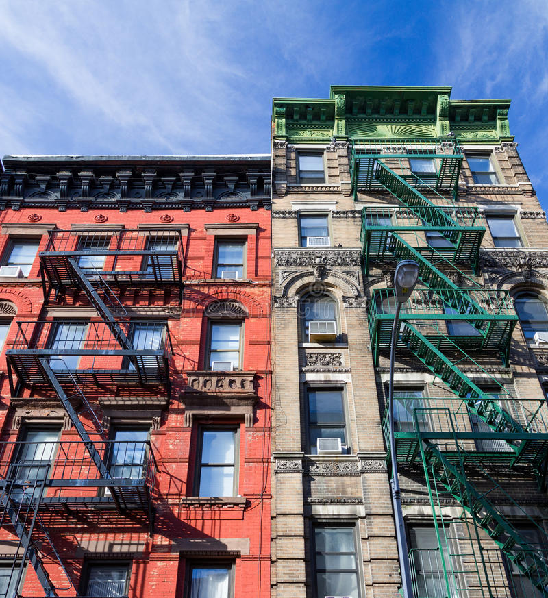 Färgrika gamla byggnader i den Greenwich byn New York City royaltyfria bilder
