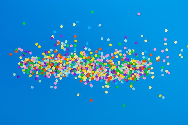 färgrika konfettiar royaltyfri illustrationer