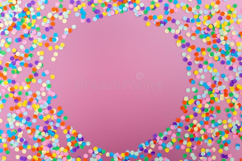 färgrika konfettiar stock illustrationer