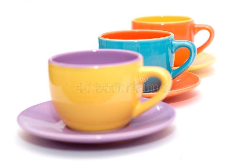 färgrika koppar för kaffe royaltyfri foto