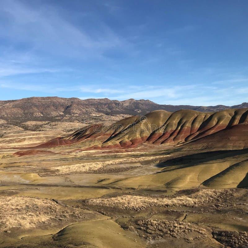 Färgrika målade kullar arkivfoto