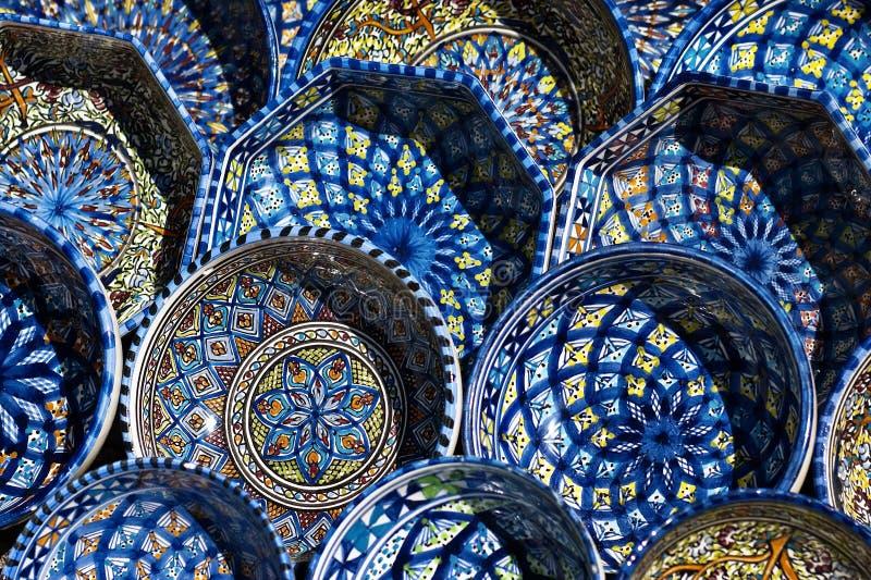 färgrika plattor tunisia royaltyfria foton