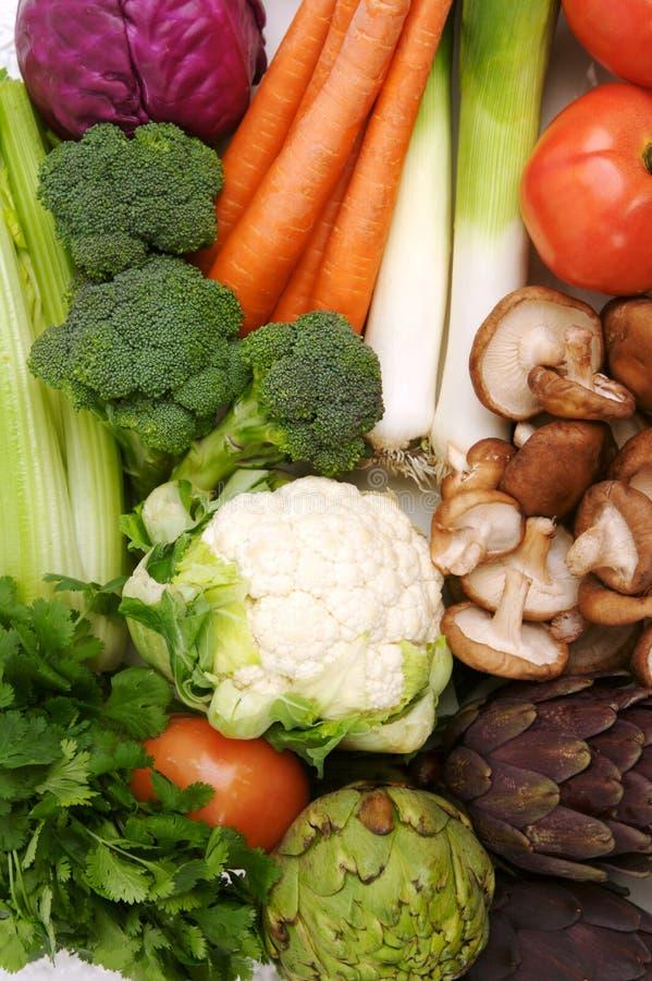 färgrika sunda grönsaker arkivfoto
