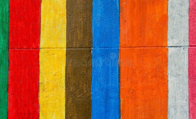 Färgrikt av cementväggbakgrund royaltyfria bilder
