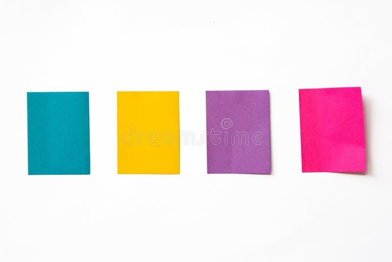 Färgrikt klibbigt noterar royaltyfri bild