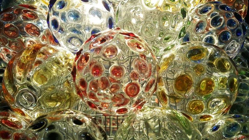 Färgrikt på cirkel av kristallkulabakgrund arkivfoto