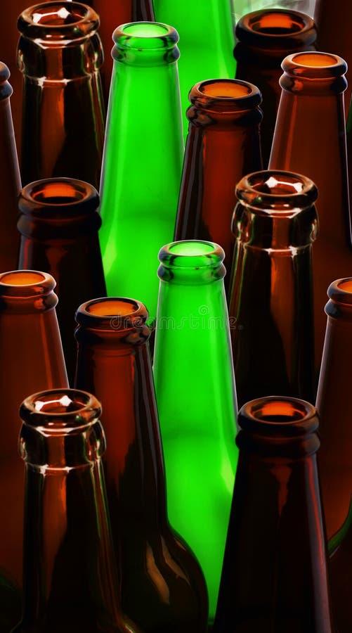 Färgrikt tomt öl royaltyfria bilder