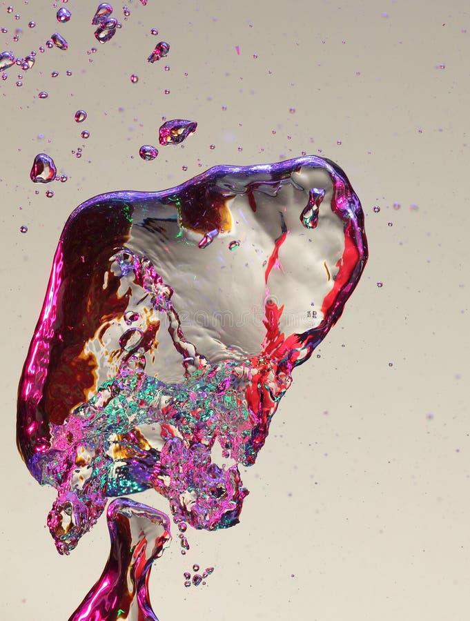 färgrikt vatten för luftbubblor arkivbilder