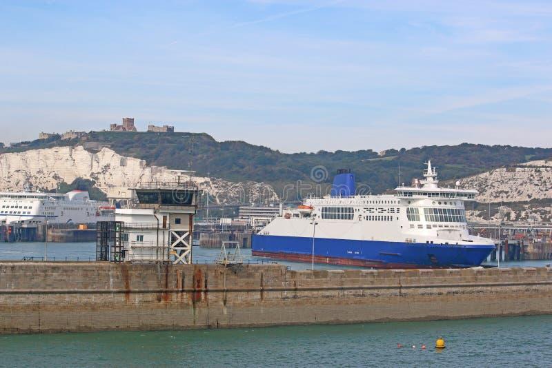 Färja i Dover arkivfoton