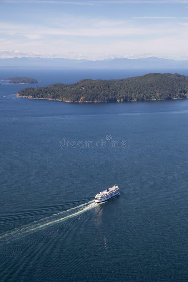Färja i Howe Sound den flyg- sikten fotografering för bildbyråer