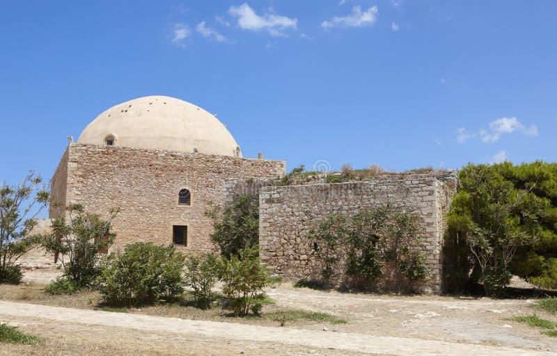 Fästning av Fortezza i Rethymno och moskén crete Grekland royaltyfria bilder