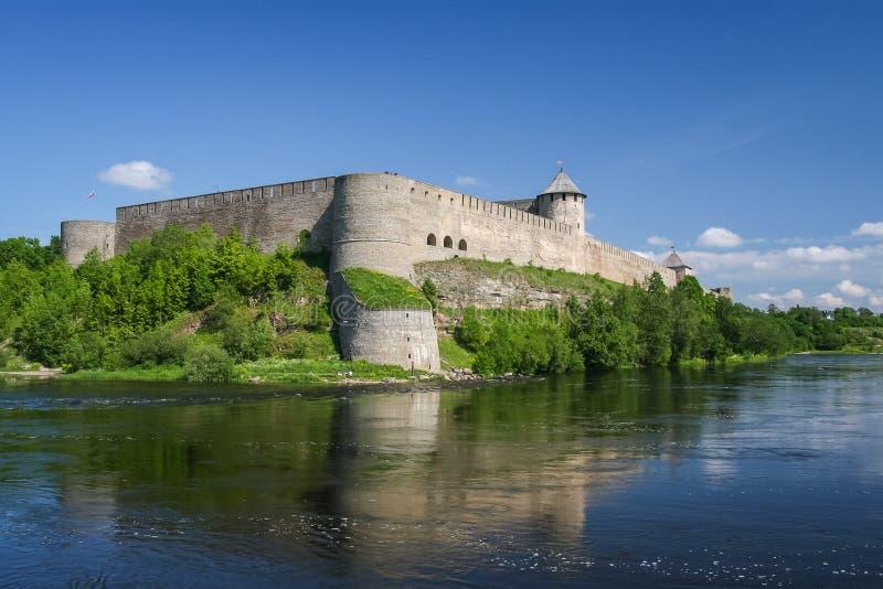 Fästning av Ivangorod, Ryssland fotografering för bildbyråer