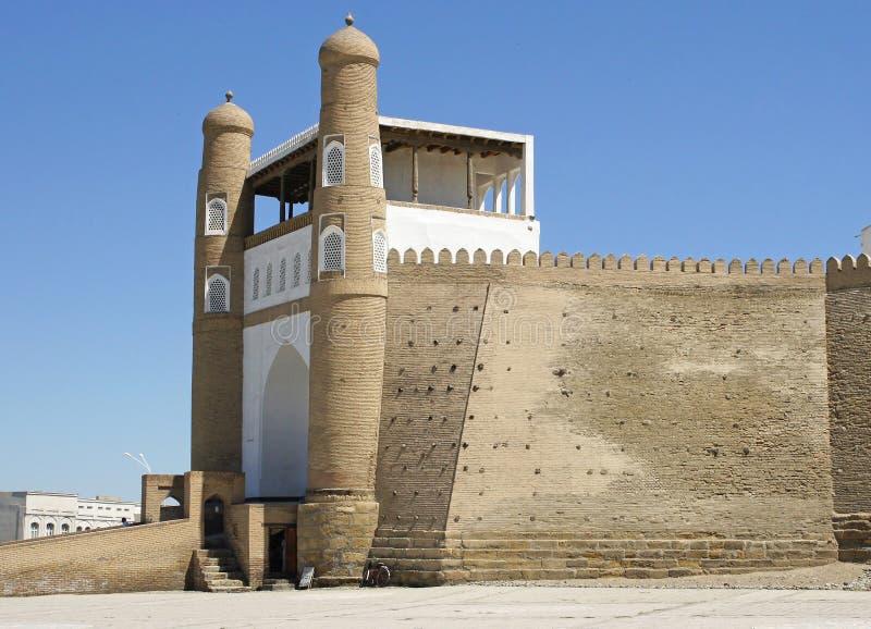 Fästningtillflykt, Bukhara, Uzbekistan royaltyfri foto