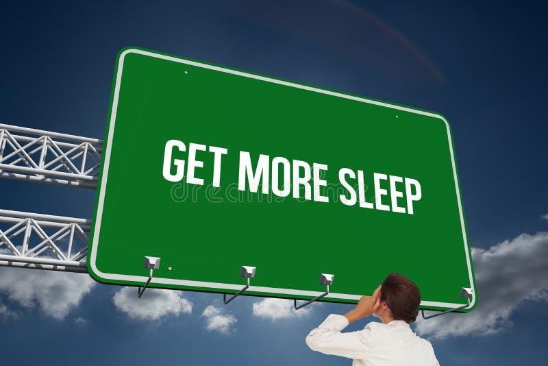 Få mer sömn mot himmel arkivbild