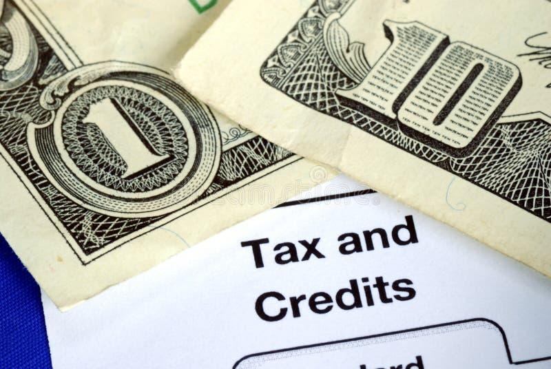 få skatt för inkomståterbäringretur royaltyfri foto