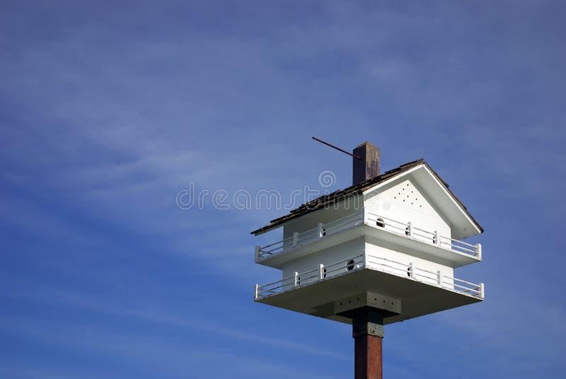 fågelhus arkivbild