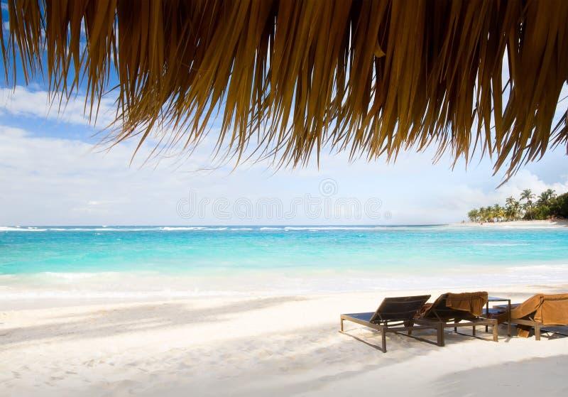 Férias da arte no paraíso das caraíbas da praia imagens de stock royalty free