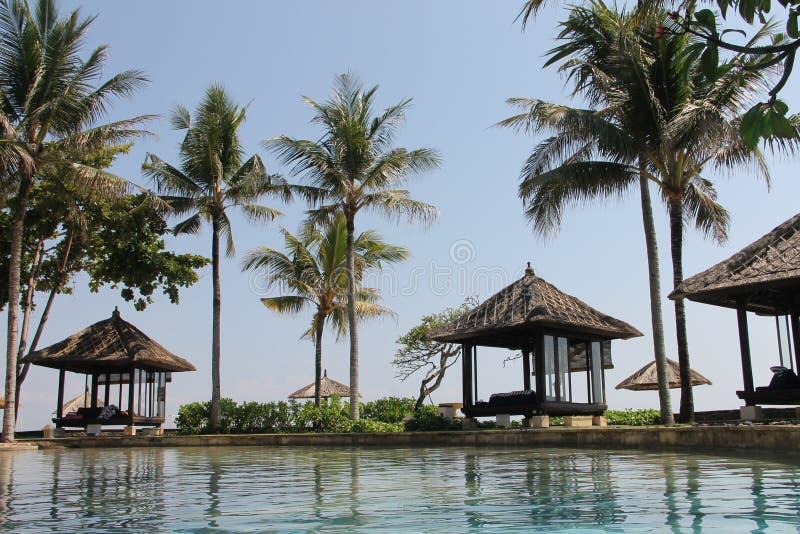 Férias de verão em Bali em um hotel de luxo imagem de stock