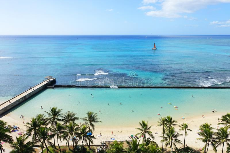 Férias maravilhosas na praia de Waikiki, Havaí foto de stock royalty free