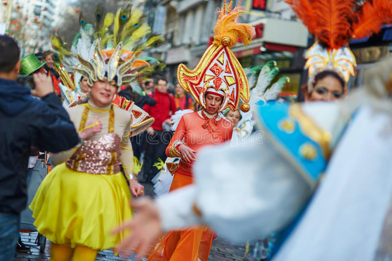7 FÉVRIER 2016 - PARIS : Carnaval traditionnel de février à Paris, France photographie stock libre de droits