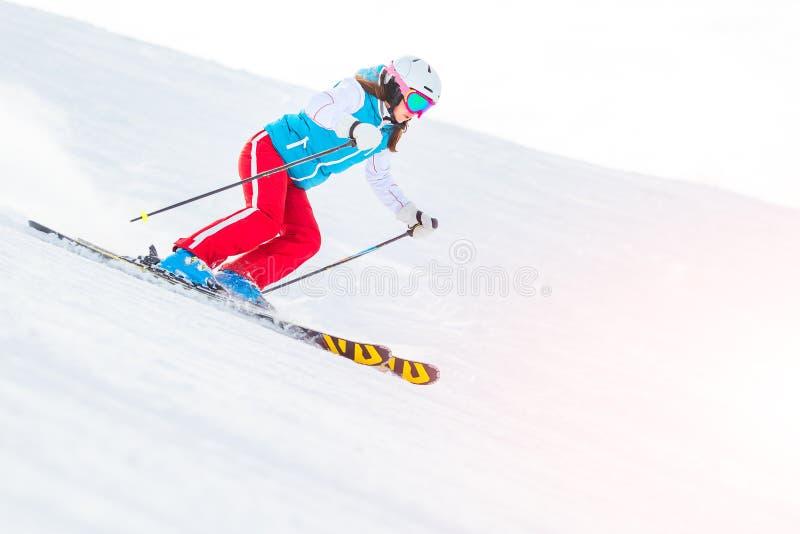 Fêmea da menina da mulher no esqui imagem de stock royalty free