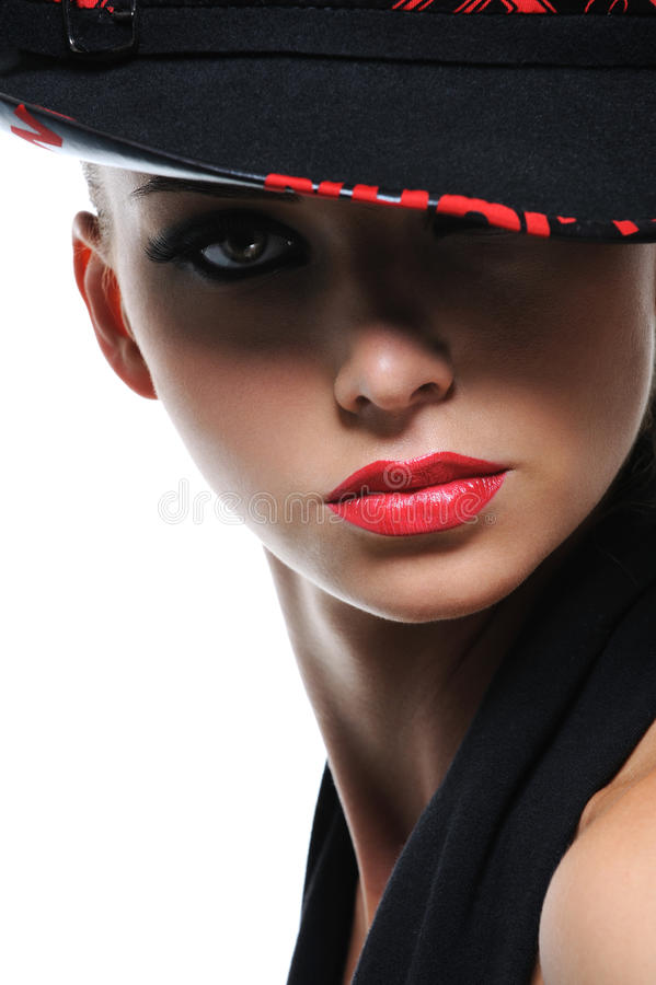 Fêmea lindo com os bordos vermelhos brilhantes fotografia de stock