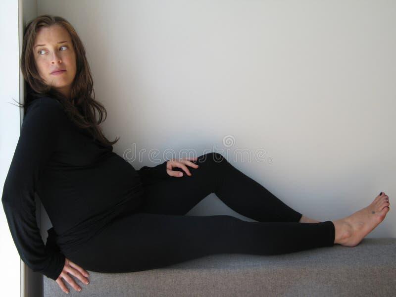 Fêmea magro grávida foto de stock