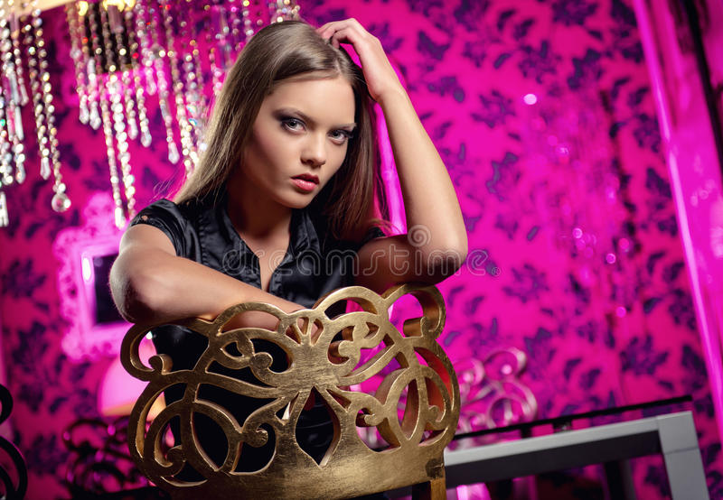Fêmea nova dentro imagem de stock royalty free