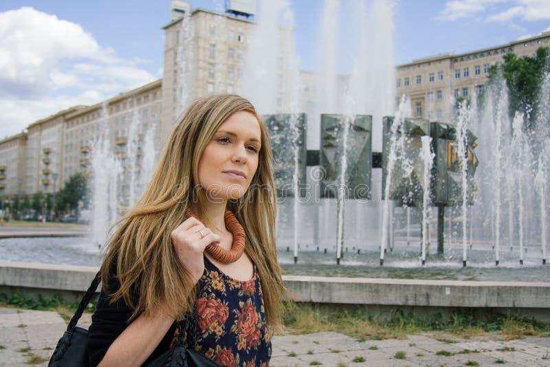 Fêmea profissional urbana foto de stock